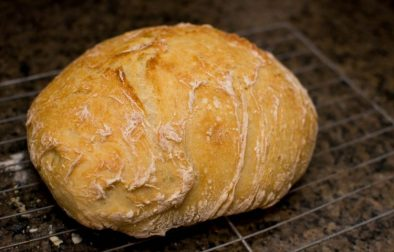 12 Hour No Knead Bread - Our Kind of Wonderful