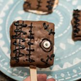 Hocus Pocus S'mores Pops - Our Kind of Wonderful